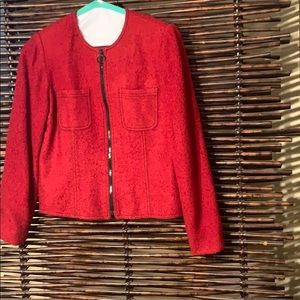Red Boucle jacket nwot with black zipper size 6